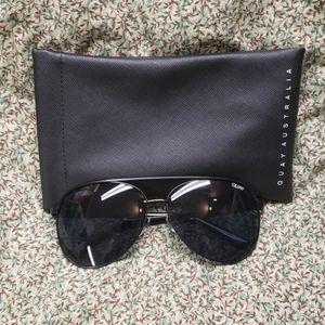 Quay Australia Vivienne Aviator Sunglasses w/Case